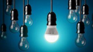 Sử dụng bóng đèn sợi đốt và bóng đèn led tốt hơn cho mắt