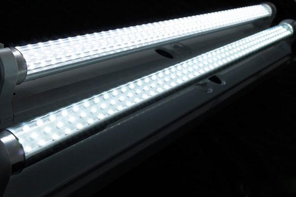 tuyp-led-t8-1