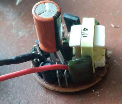 Nguồn điện ổn định